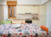 Villa Antonella se encuentra a 700 metros del mar - mezzanine apartamento