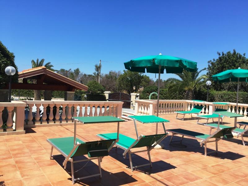 Appartamenti e ville per le tue - Villa con piscina salento ...